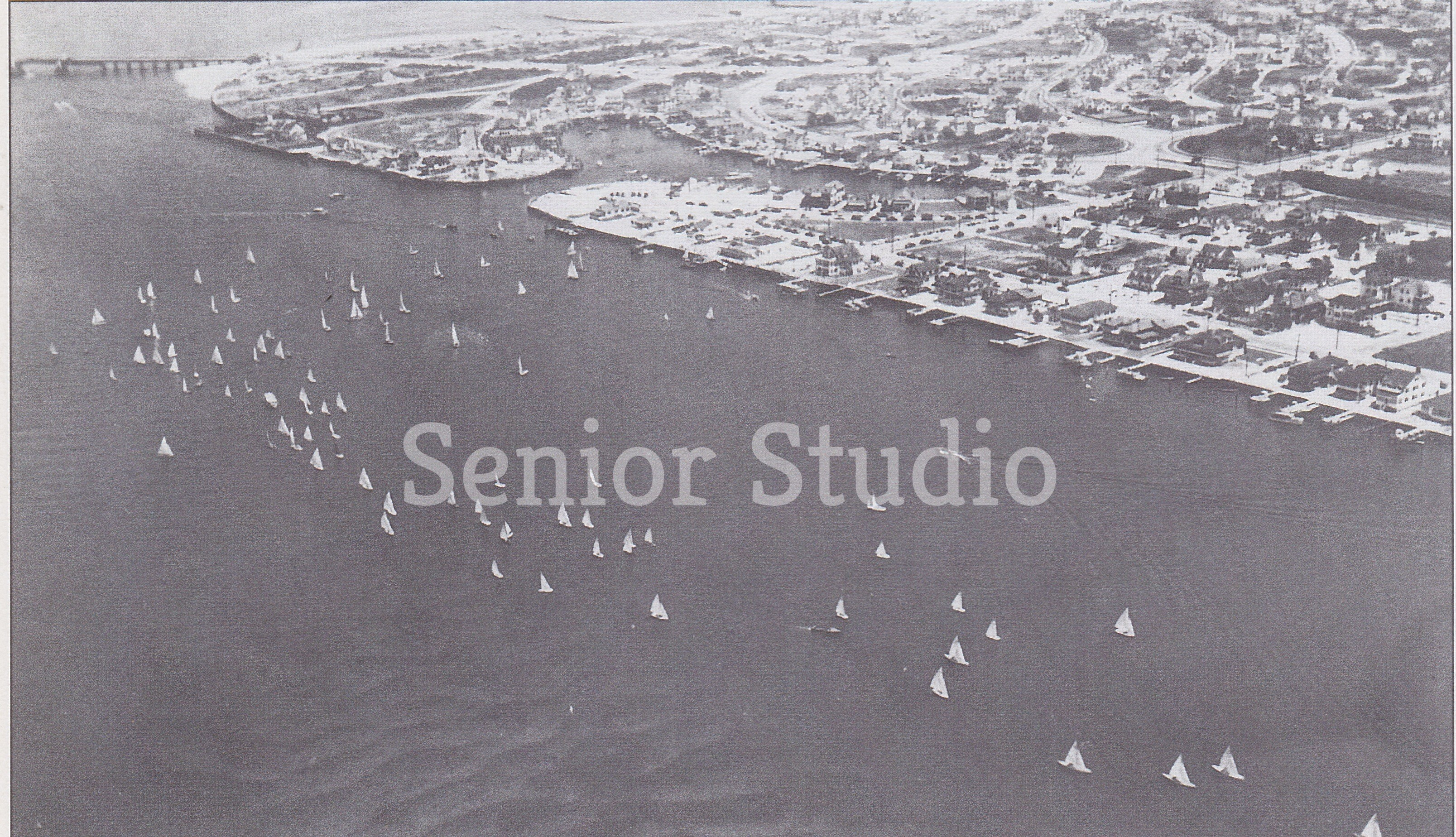 Aerial 1955  - Credit Senior Studio