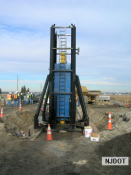 1.3.2007 STATNAMIC load testing is being performed on the VibroCore concrete shaft on Rainbow Island