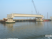 8.7.2007 View of the Route 52 northbound bridge span on Rainbow Channel